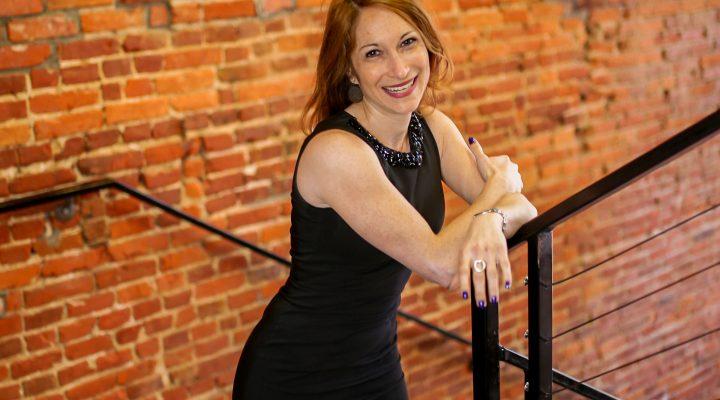 Online dating profile writer Erika Ettin